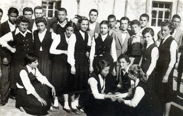 Έτος 1955 διακρίνεται η Ντίνα Τσαγκάρη του Σεραφείμ